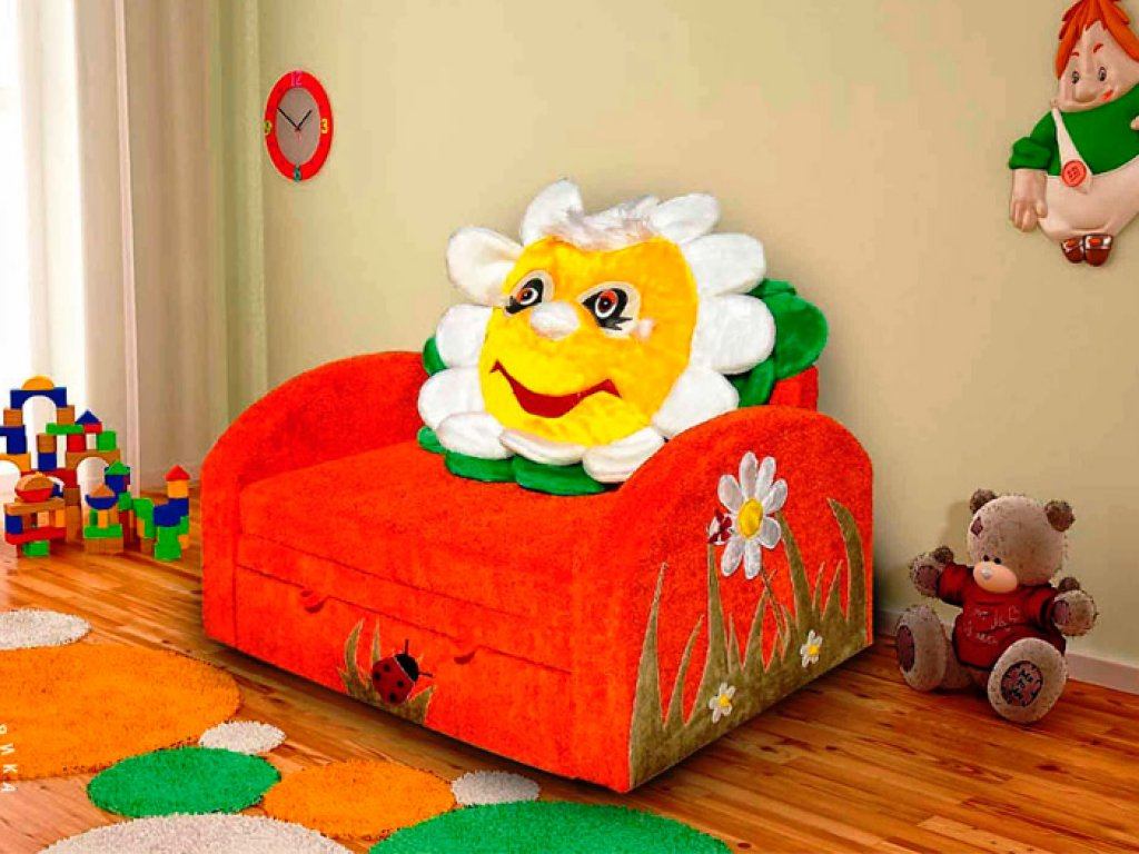 диван в виде цветка